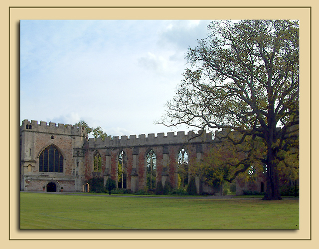 Bishops Chapel and ruins, Wells