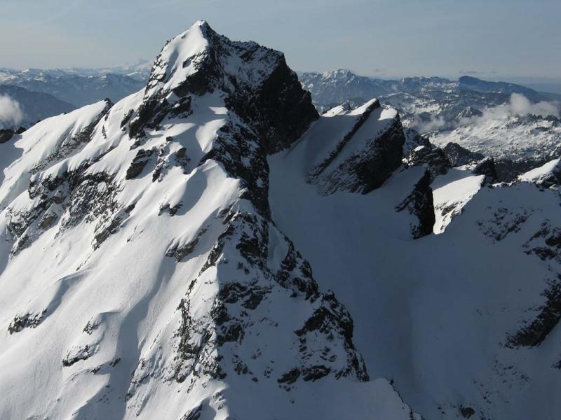 Del Campo, E Face & N Ridge (DelCampo030505-22adj.jpg)