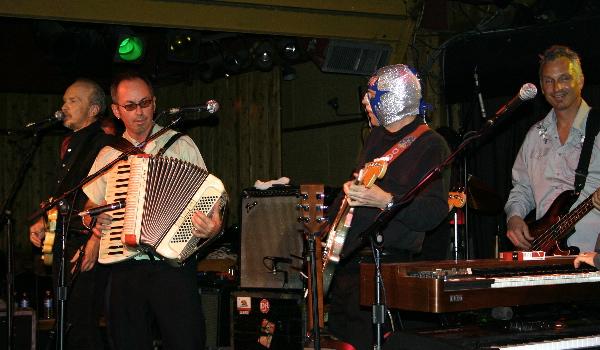 Dave Alvin & Los Straitjackets