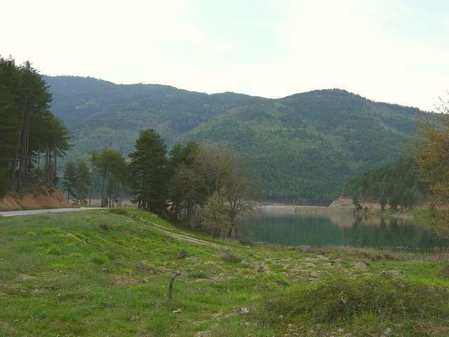 The southern bank of Doxa Lake...