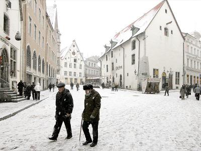Snow Fall in Old Town