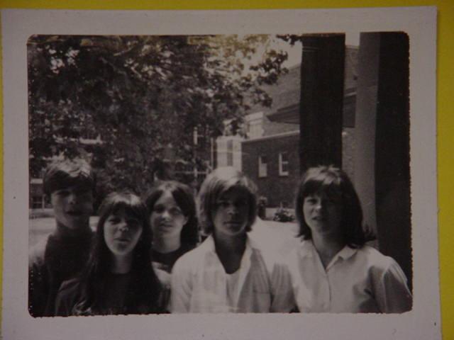 Ralph, Vickie, Sherleen,<br> John and Laura. Jr high.