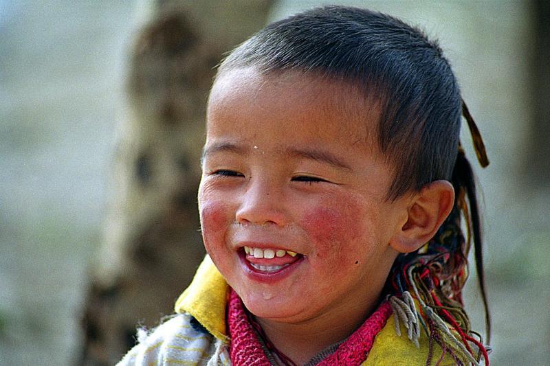 Little Kham girl in Li Tang