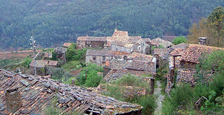 Serra da Lousã - abandoned village