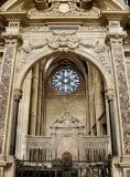 23 Saint-Rémi - Screens between Transepts and Crossing looking North 87000434.jpg