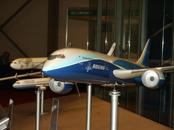Boeing hopes the proposed 7E7 will keep them ahead of Airbus