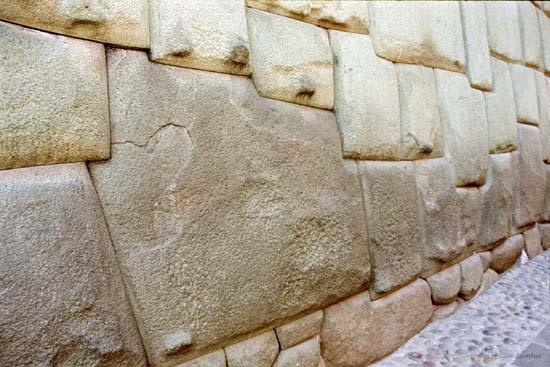 Twelve sided stone, Cusco