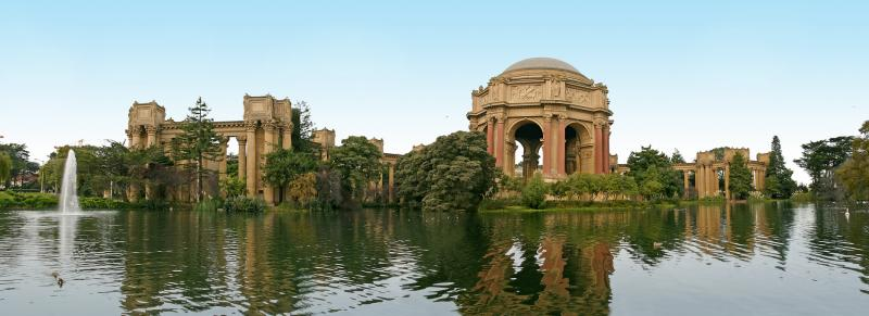 <B>Palace of Fine Arts, San Francisco</B><BR><i>By Ninad