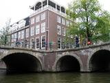 AMSTERDAM CANAL INTERSACTION