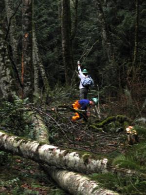 12.20.2003<br>Scott & Uli</br><br>Poo Poo Point Trail</br>