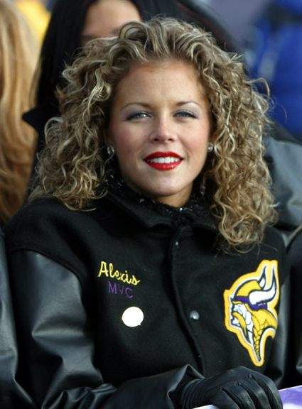 Cheerleader named Alexis.jpg