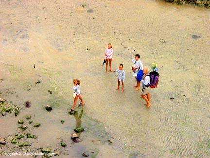 beach goers, st malo