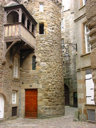 stone buildings, st malo