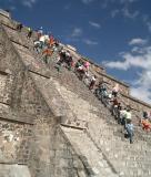 Teotihuacan-Pyramids Mexico_Dec_2003