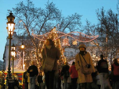 Budapest christmas fair at Vorosmarty Square