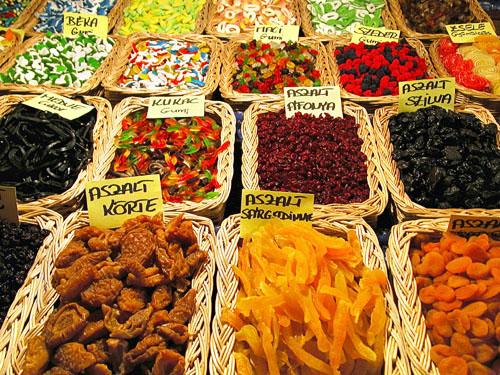 Tasty treats at Vorosmarty christmas fair (I)