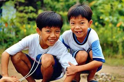 kids-in-mekong-delta.jpg