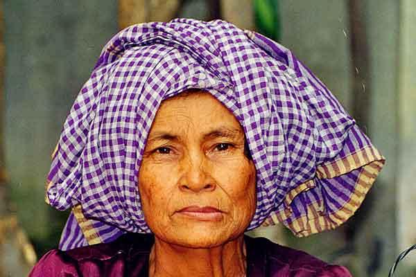 cambodian-woman-mekong.jpg