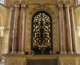 16 Saint-Rémi - Shrine of St. Rémi 87000425.jpg