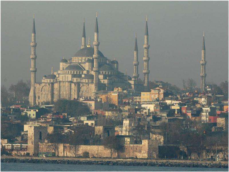 Blue Mosque from Bosporus ferry 4837