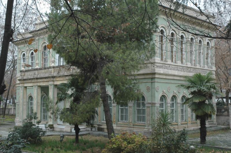 Villa near Nusretiye mosque