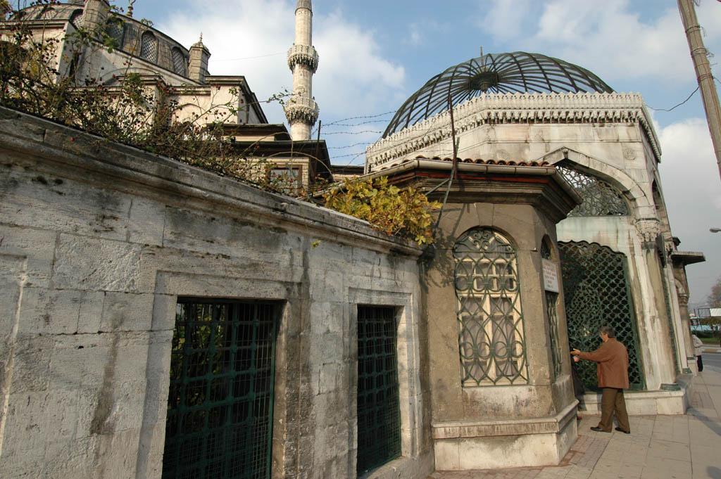 Yeni Valide tomb at Üsküdar