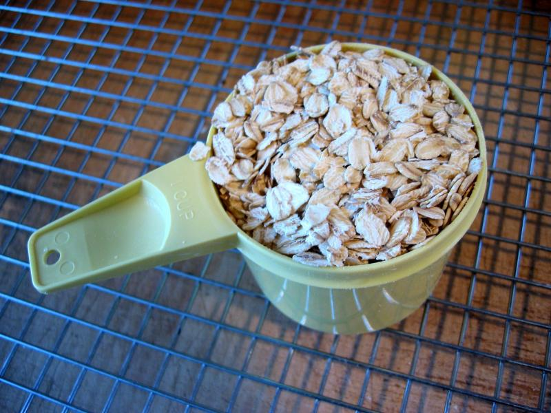 1 cup oats