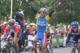 victory salute.JPG