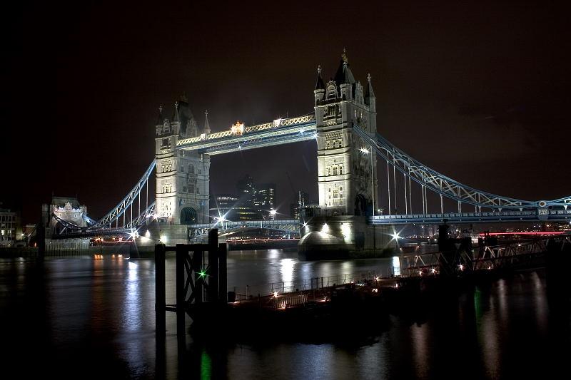 Compulsary London night shot!