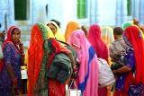 pilgrims in Pushkar web.jpg