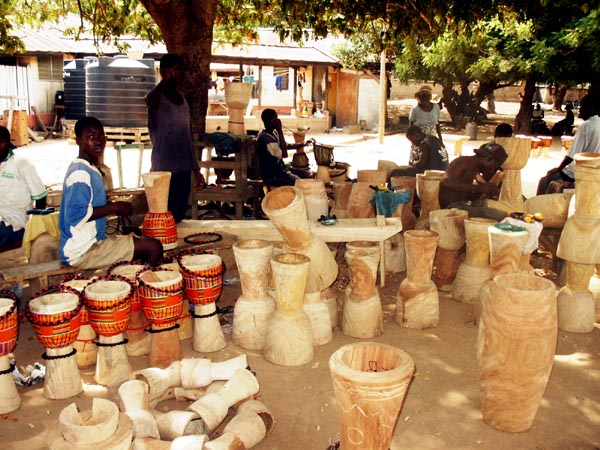Drum making, Centre for National Culture