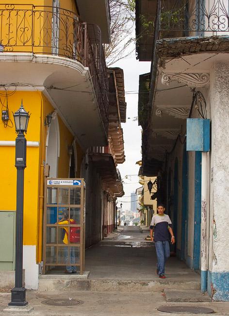 Panama Colonial *