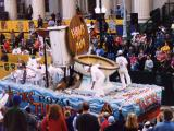 Tucks Parade Royal Thrown Float