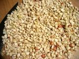 1 c. chopped peanuts