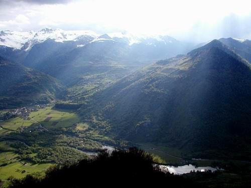 Vallée dOssau, vers Bielle et Bilhères, au-dessus du lac de Castet