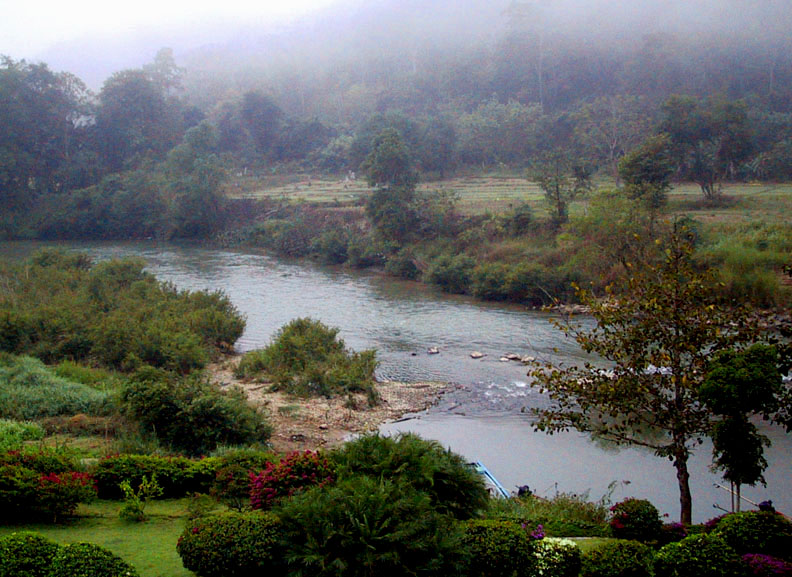 Morning mist on the Pai River
