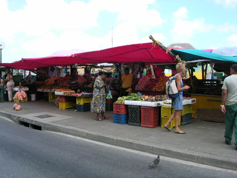 The Mercado Flotante - floating market, Willemstad