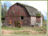 Another fine old barn.