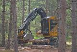 {Q-E}T3844 Logging Machine at Work.jpg