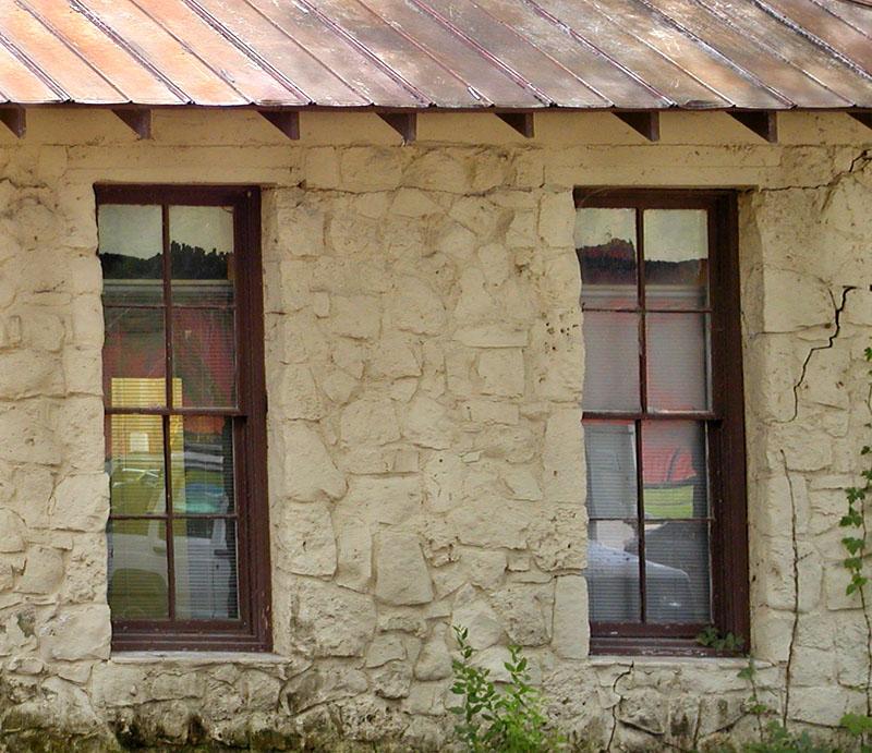 09 14 04 two windows,  olyuz.jpg