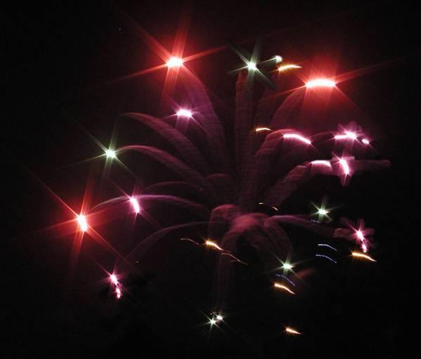 06 29 02 fireworks,OLYUZ.jpg