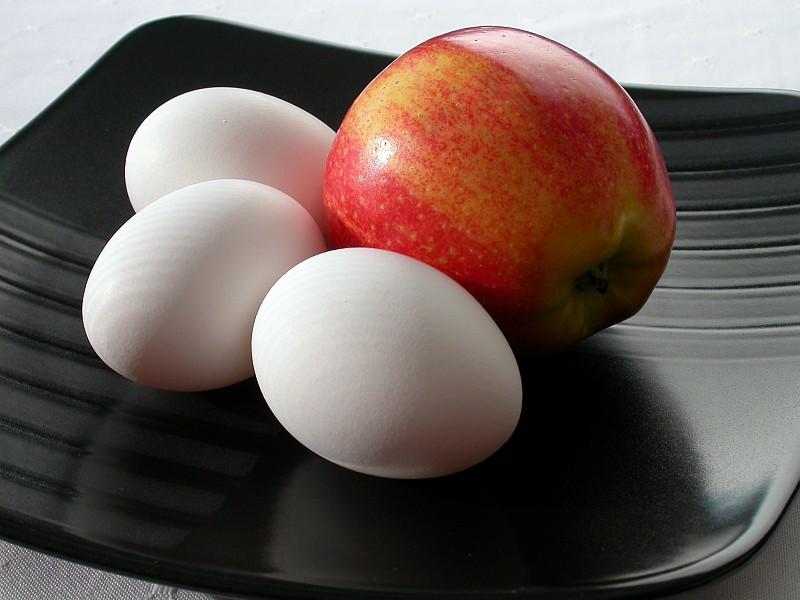 Apple and Eggs.jpg