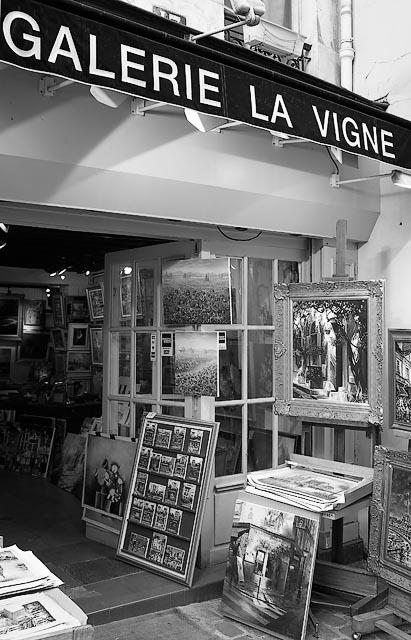 Galerie La Vigne, Montmartre - GT1L2343