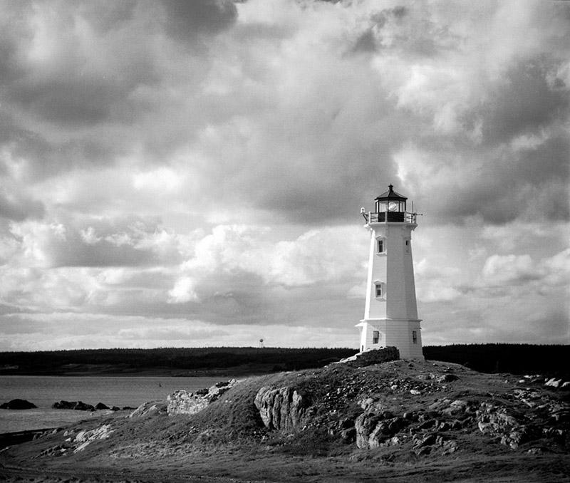 Lighthouse Louisbourg.jpg