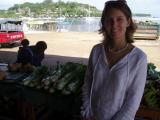 market et Iririki en arriere