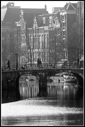 AMSTERDAM_001_2