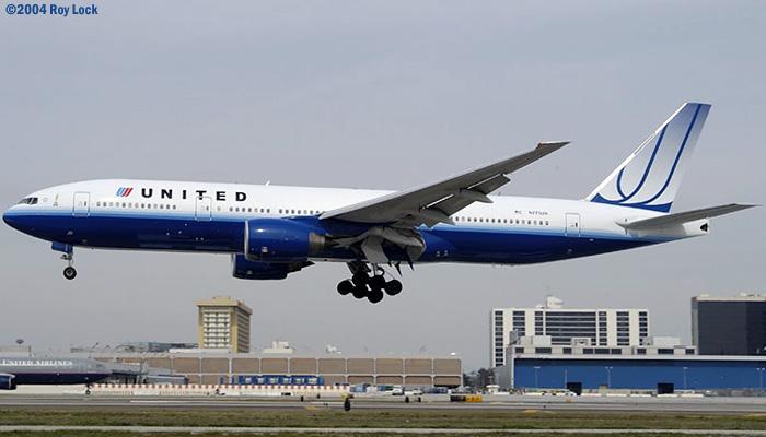 United Airlines B777-222 N775UA in new scheme (#2773)