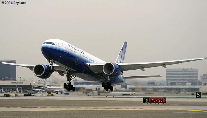 United B777-222 N775UA in new scheme (#2784)
