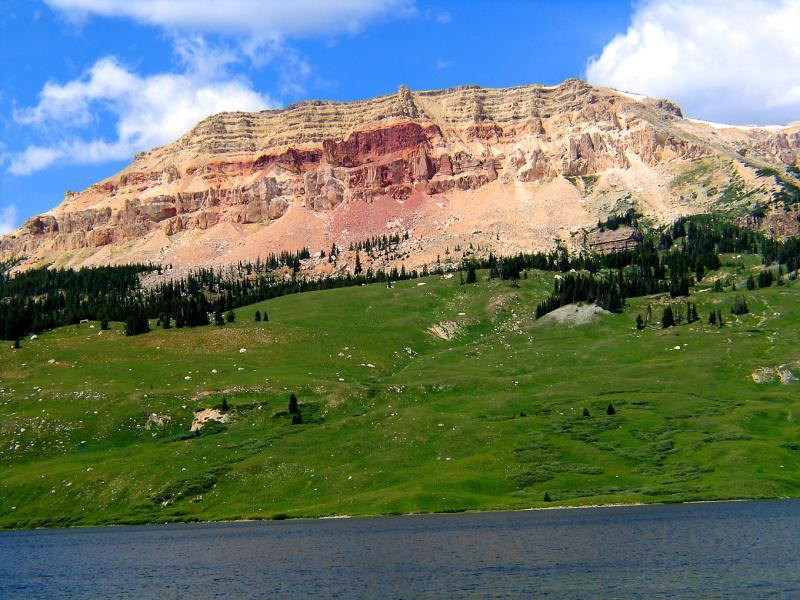 Across-Beartooth-Lake.jpg