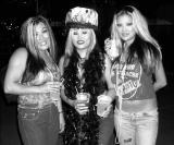 Tres Amigas de los Sex Pistols